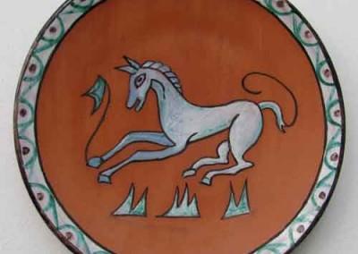 plato-caballo